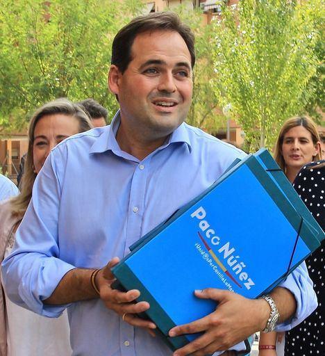 IU pide a Paco Núñez que renuncie a su sueldo como alcalde porque 'los almanseños no deben pagar su campaña electoral'