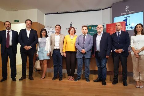 Cabañero asegura que la próxima III edición de la Feria IMEX que se celebrará en Albacete debe ser un escaparate para empresas y Ayuntamientos de la provincia