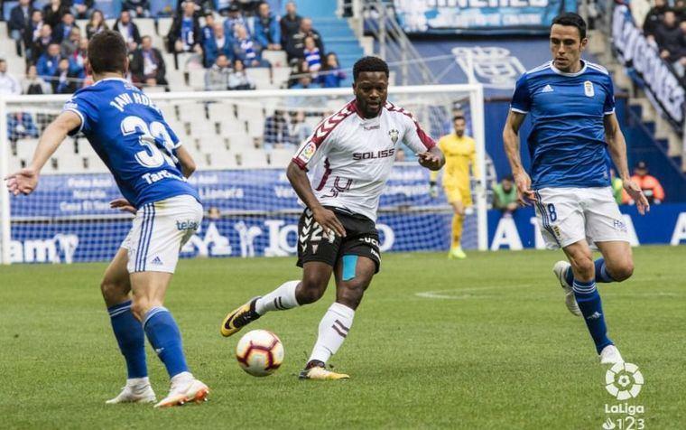 1-0. El Albacete pierde la imbatibilidad en su visita al Carlos Tartiere de Oviedo