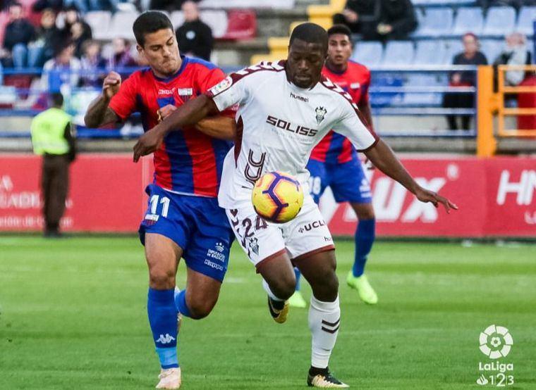 1-2. El Albacete sorprende al ganar en Extremadura y se sitúa en zona de ascenso