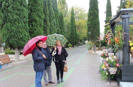 Dispositivo especial con motivo del Día de Todos los Santos para facilitar la visita al Cementerio Municipal de Albacete