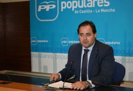 Núñez alerta de impago de nóminas a profesionales de ambulancias en Castilla-La Mancha y exige soluciones a la Junta