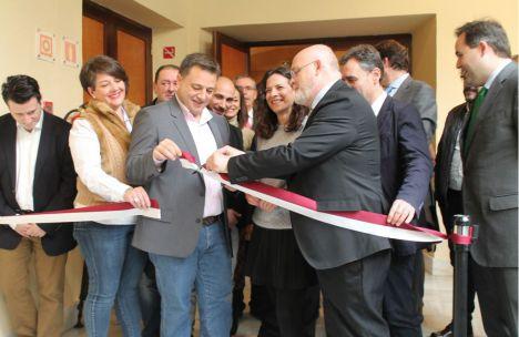 La IX Feria de Cuchillería Internacional & Knife Show abre sus puertas en Albacete con 27 expositores