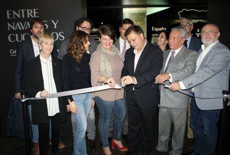 Abre sus puertas en Albacete una exposición de 540 piezas de cuchillos y navajas de José Falcâo