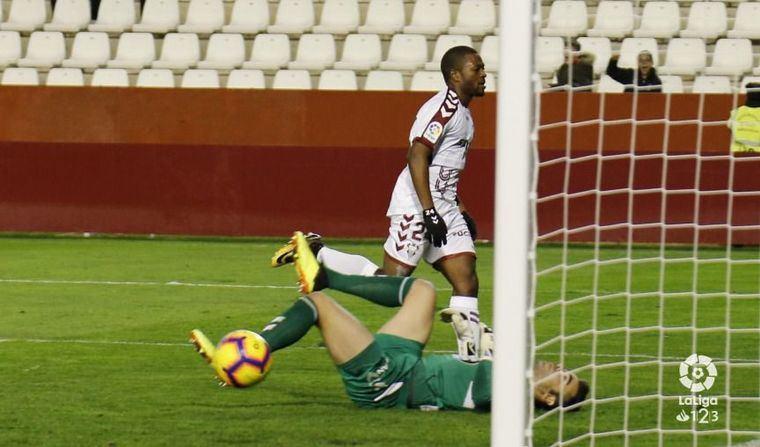 1-0. El Albacete sigue firme tras ganar al Lugo con gol de Bela