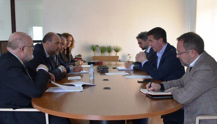 Gobierno regional, Diputación de Albacete y Ayuntamiento de Alcalá de Júcar alcanzan un acuerdo para financiar actuaciones de mejora tras los desprendimientos de roca