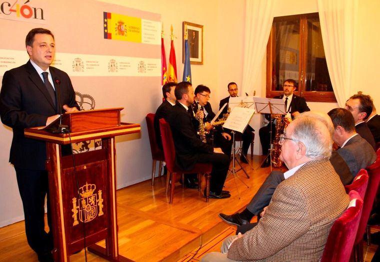 """El alcalde asegura sentirse """"orgulloso"""" de ser español y de vivir en un gran país como España que cuenta con una Constitución que garantiza los derechos y libertades"""