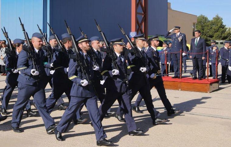 González Ramos destaca la labor de las Fuerzas Armadas en los actos de la patrona aviación en Albacete