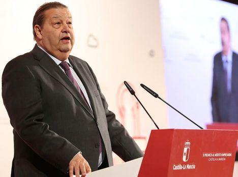 Vaquero vaticina 16 diputados para el PSOE, 10 PP, 5 Ciudadanos, 1 Podemos y 1 Vox en la región