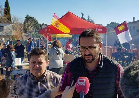 El PSOE pide a Núñez que siga el ejemplo de Casado y