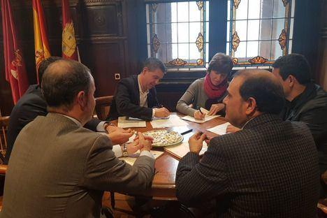 La Diputación de Albacete firma créditos por valor de 69 millones de euros para destinarlos a los ayuntamientos