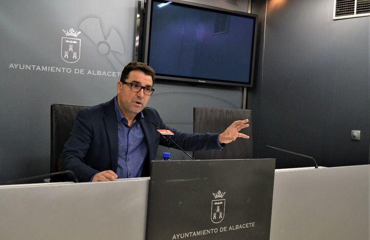 Modesto Belinchón exige al alcalde que no cometa el desproposito de realojar a 19 familias sin elaborar un plan de integración