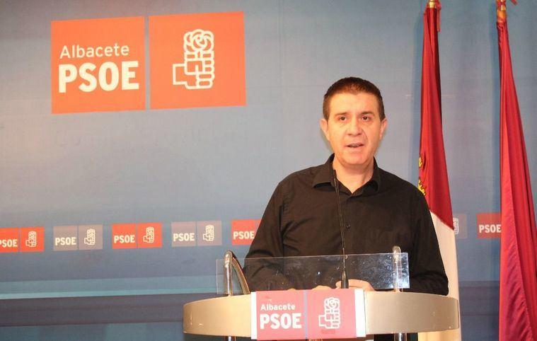 """Santiago Cabañero: """"Necesitamos más PSOE que nunca porque la otra alternativa ni Castilla-La Mancha ni Albacete nos la podemos permitir"""""""