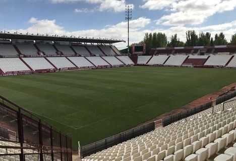Las obras de mejora y mantenimiento de las gradas del estadio Carlos Belmonte de Albacete empiezan este lunes