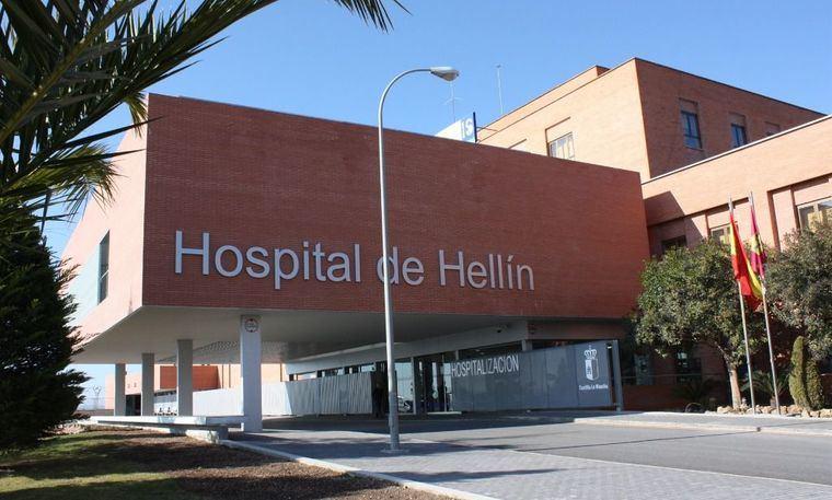 Fallece en el hospital de Hellín el hombre hallado en la calle herido por arma blanca en el abdomen
