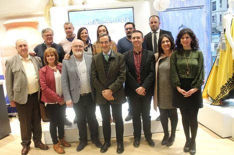 El Gobierno regional resalta en Madrid el potencial de la Sierra del Segura