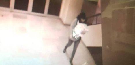 Recuperan a un bebé tras ser raptado por una mujer que simuló ser pediatra en el hospital de Guadalajara