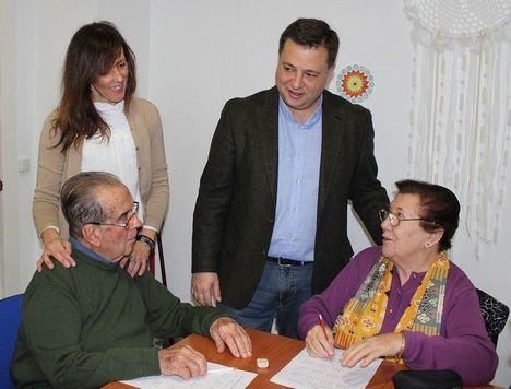 Serrano agradece a la Asociación de Familiares y Enfermos de Parkinson de Albacete la gran labor social que realiza