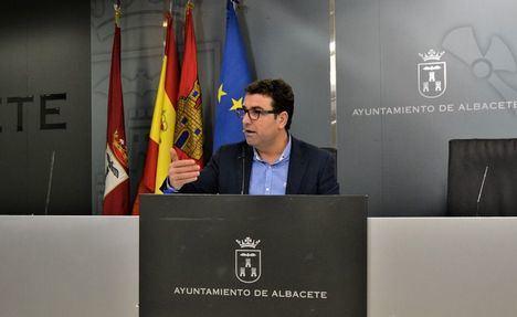 """El portavoz del PSOE, Modesto Belinchón califica de """"estafa"""" el plan de competitividad y la creación de empleo del Ayuntamiento de Albacete"""