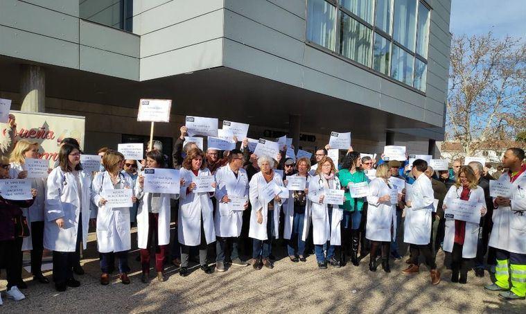 Médicos de Atención Primaria exigen en la región un mínimo de 10 minutos por paciente y el 25% del presupuesto en sanidad