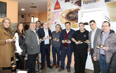 Las XI Jornadas del Puchero de Albacete comienzan a servir los primeros platos de cuchara y los vinos de Vega Tolosa