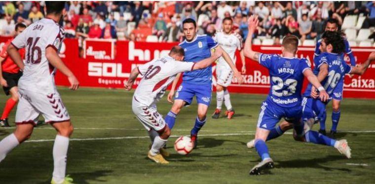 0-0. Duelo igualado ante el Oviedo y el Albacete empata en el liderato