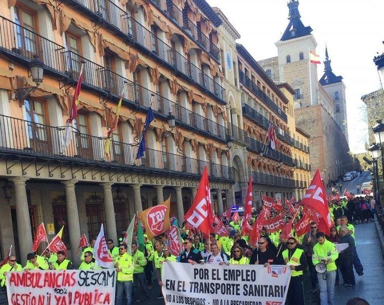 Los trabajadores de ambulancias amenazan con huelga si la Junta no interviene para mejorar sus condiciones laborales