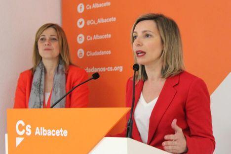 """María Dolores Arteaga: """"Albacete merece una mayor y mejor representación en el Congreso de los Diputados"""""""