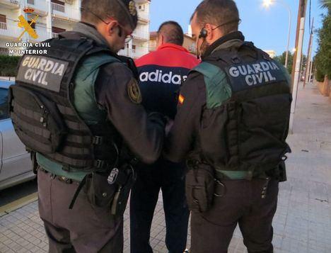 La Guardia Civil desarticula una organización delictiva especializada en robos con violencia en domicilios habitados