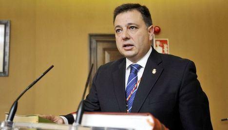 El alcalde de Albacete es trasladado al hospital tras sentirse indispuesto antes del pleno de presupuestos
