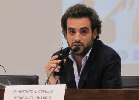 Logran en cuatro horas más de 5.000 firmas para que el Hospital de Albacete lleve el nombre de Antonio Cepillo