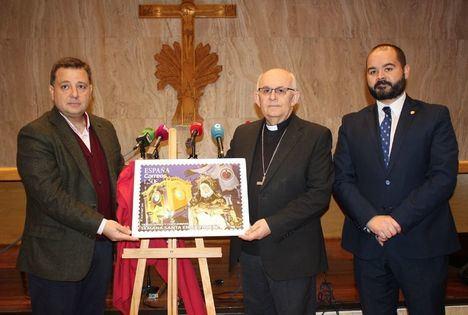 La imagen de Nuestra Señora de Las Angustias protagoniza el sello de Correos dedicado a la Semana Santa de Albacete