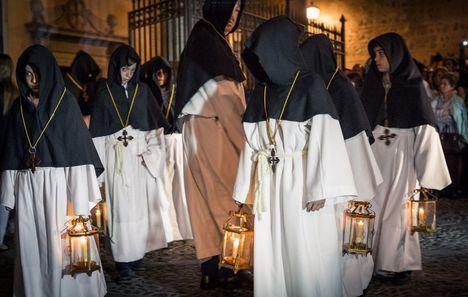 Cinco pasos del Jueves Santo llevan a la madrugada de Semana Santa de Toledo