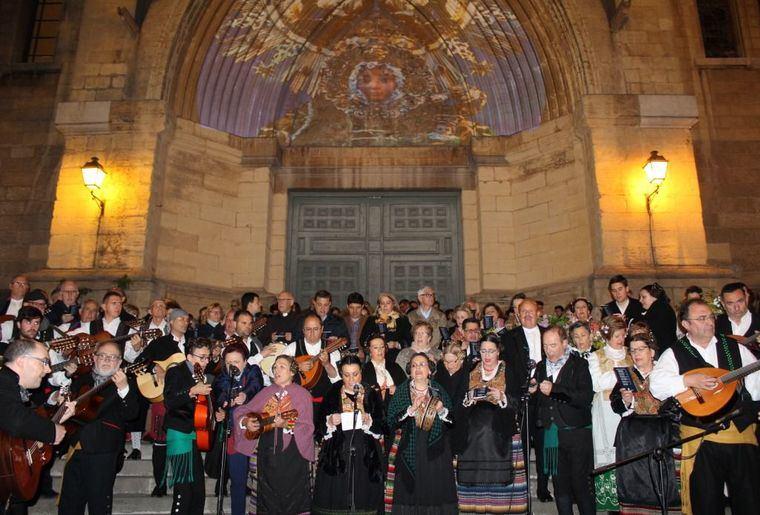 La 'Noche de los Mayos' se celebra con intensidad en Albacete