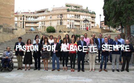 Manuel Serrano anuncia que dedicará una tarde de todas las semanas a escuchar a sus vecinos de Albacete