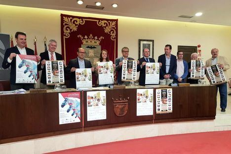 """El vicepresidente de la Diputación alaba el """"éxito comercial"""" que ha significado Expovicaman Maquinaria y augura el mismo para Expovicaman Ganadera"""