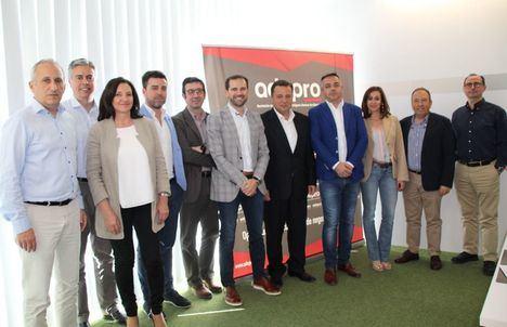 Manuel Serrano promoverá suelo industrial en Albacete a través del desarrollo, la ampliación y mejora de todos sus parques empresariales