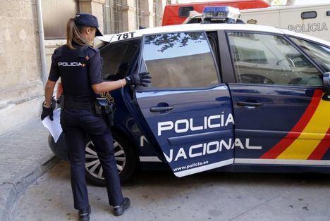 Detenida en Albacete una mujer que entró a robar a casa cuando salía el dueño en silla de ruedas