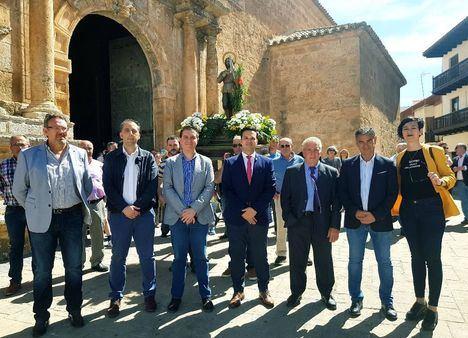 Santiago Cabañero elogia la labor de los y las protagonistas de la Agricultura albaceteña en las celebraciones de San Isidro Labrador de Tarazona de la Mancha y Villamalea