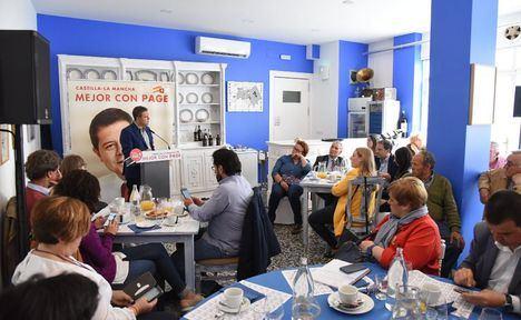 """García-Page: """"Castilla-La Mancha generará 10.000 empleos más vinculados a la industria turística y cultural en la próxima legislatura"""""""
