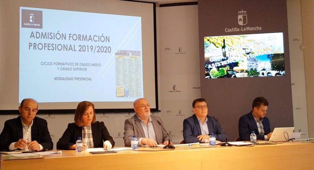 Los sectores aeronáuticos, energías renovables, turismo y textil en la nueva oferta formativa de FP en Albacete