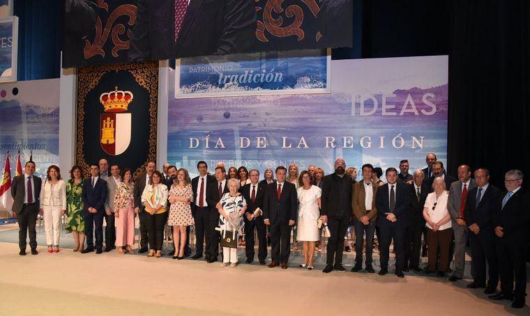 García-Page promete en el Día de Castilla La Mancha 'un inmenso esfuerzo y trabajo' y ser 'el presidente de todos'