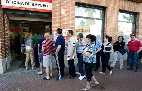 Baja el paro en Castilla-La Mancha en 3.049 personas y sube la Seguridad Social en 5.765 en mayo