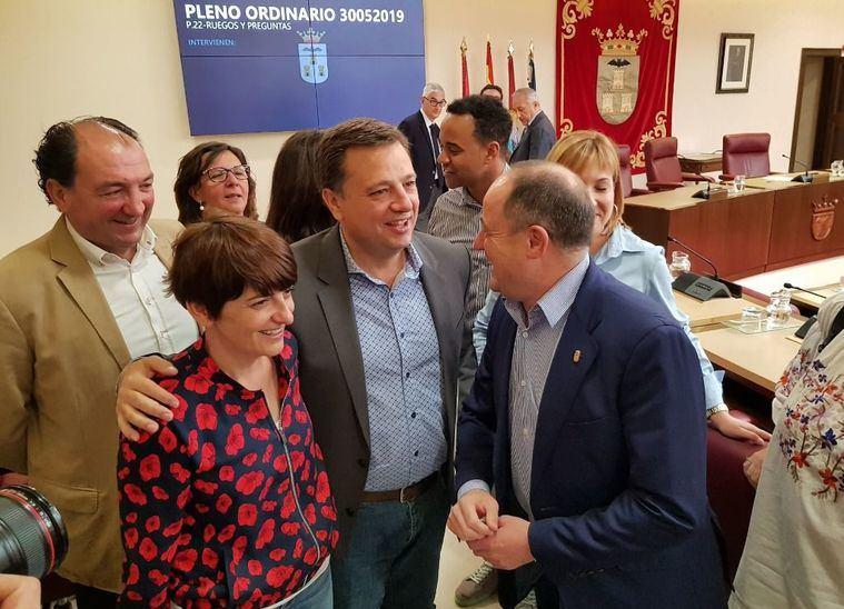 PRIMICIA. Según ha informado la emisora Radio 4G Albacete, hay acuerdo entre PSOE y Ciudadanos para gobernar los ayuntamientos de la región, entre ellos, el de Albacete
