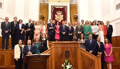 El nuevo presidente de las Cortes de Castilla-La Mancha aboga por buscar acuerdos y dar la palabra a los colectivos