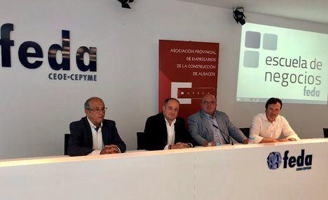 Emilio Sáez asistió a la Asamblea de renovación de cargos en APECA