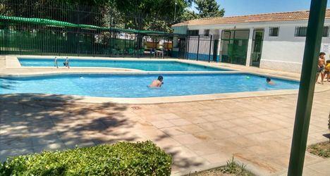 Este sábado abrirán sus puertas las piscinas municipales de las pedanías de Tinajeros, El Salobral, Argamasón y Santa Ana