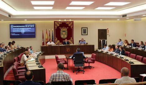 El Pleno Municipal aprueba las dedicaciones exclusivas o parciales de la Corporación y la plantilla del personal eventual de confianza
