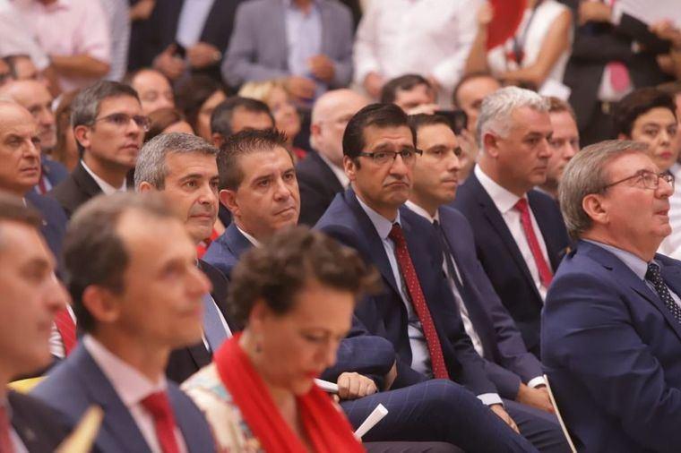 Santiago Cabañero felicita a García-Page en su toma de posesión como presidente de la región y le brinda la Diputación de Albacete para trabajar conjuntamente