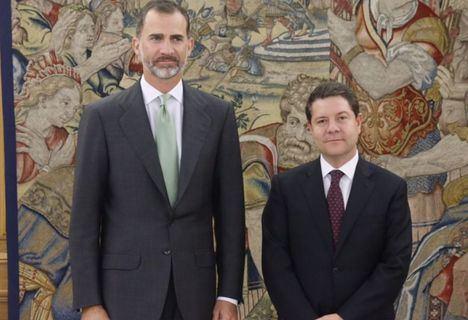 El Rey recibe a García-Page en el Palacio de la Zarzuela este jueves
